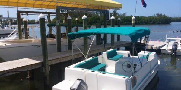 Small boat at Fort Myers marina